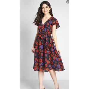 NWT Modcloth Fits Of Bliss Floral Dress